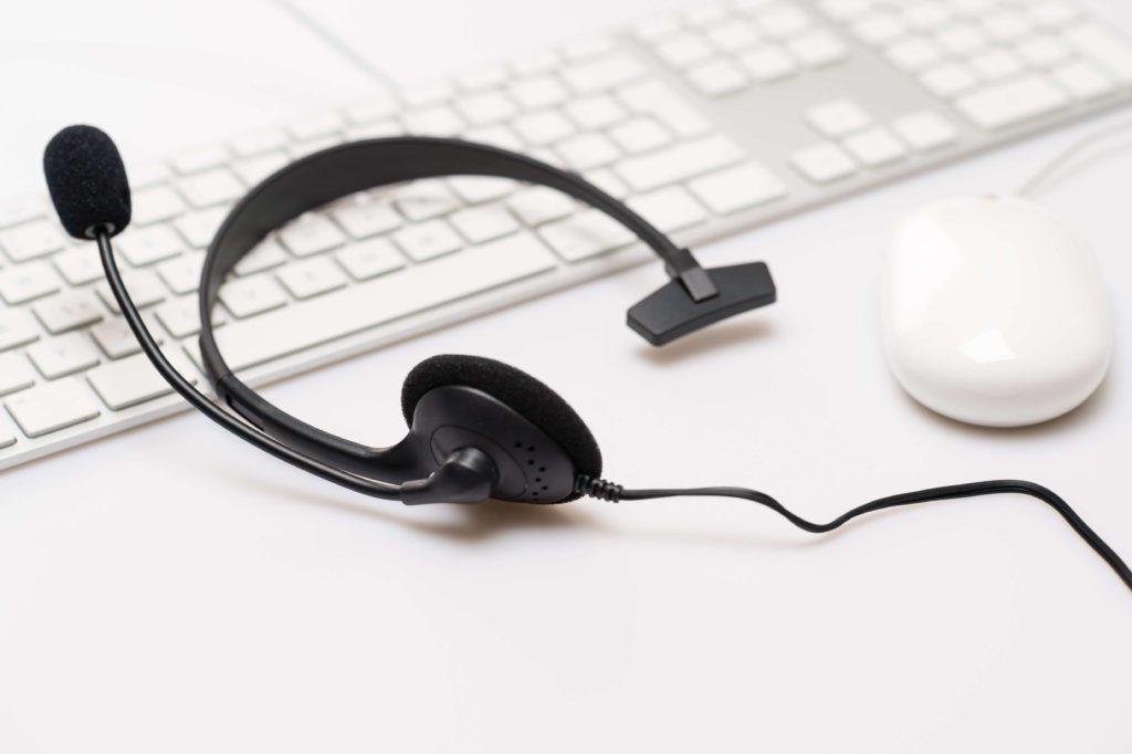 słuchawki i myszka