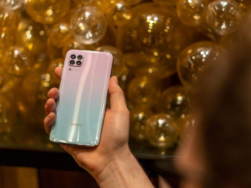 Huawei P40 Lite na gorąco z Warszawy. Cena, specyfikacja, aparaty