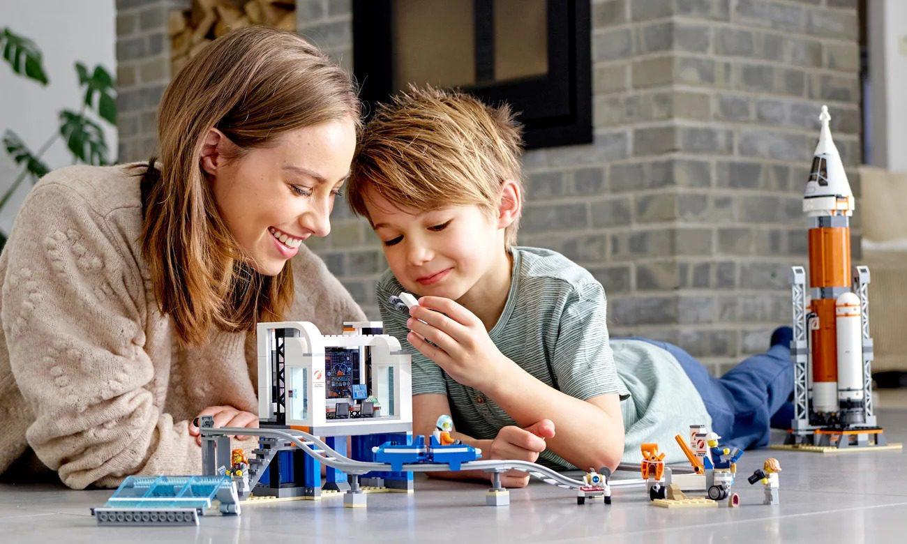 Twórcza zabawa w domu? Z pomocą przychodzi… LEGO