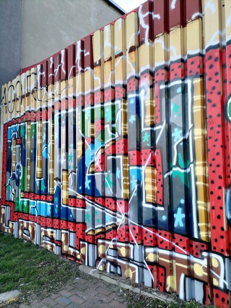 Huawei P40 Lite E zdjęcie graffiti