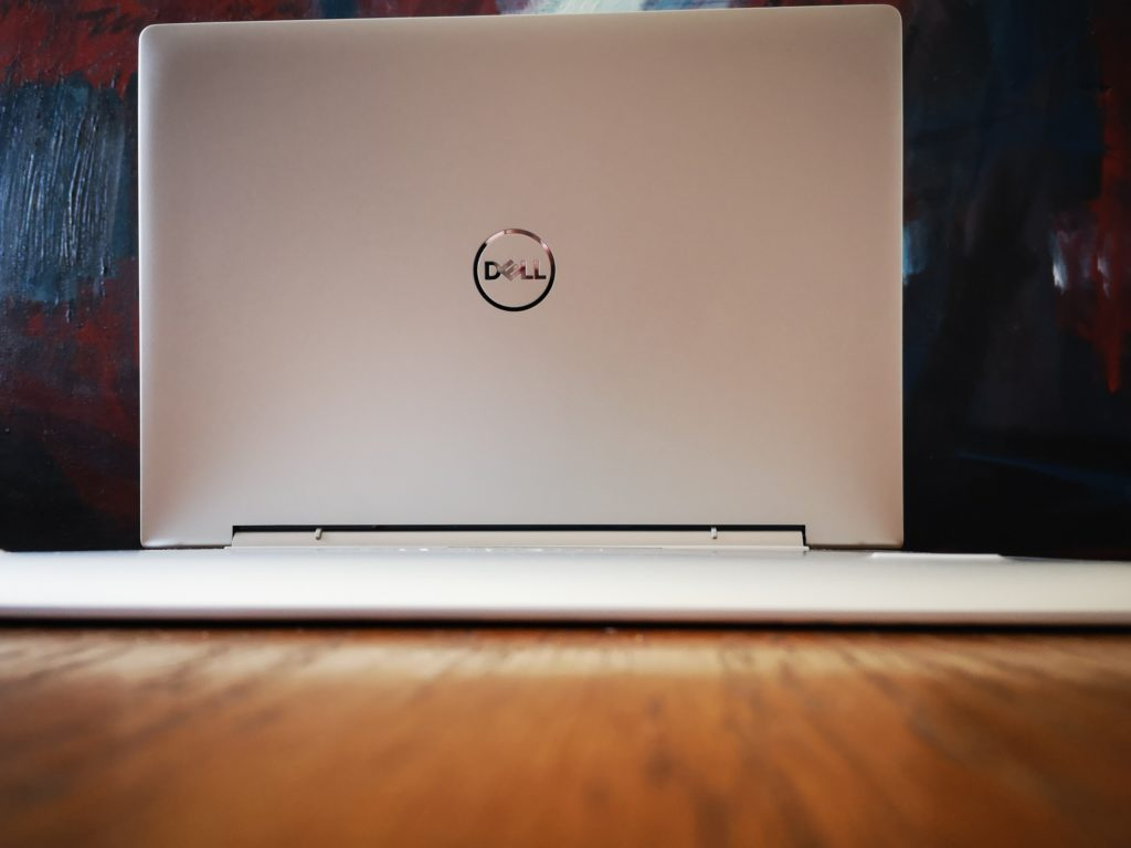 Dell Inspiron 7391 tył