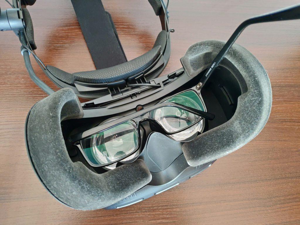HTC VIVE Cosmos Elite miejsce na okulary w goglach