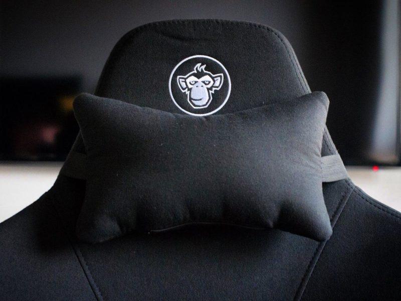 Najlepszy materiałowy fotel gamingowy? Recenzja Silver Monkey SMG-750