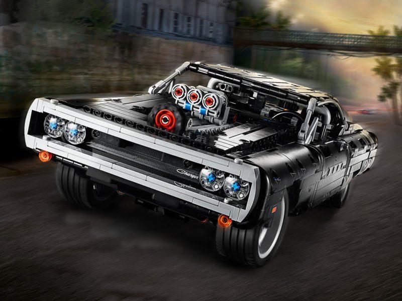 LEGO® Technic Dom's Dodge Charger. Kultowy pojazd już w przedsprzedaży