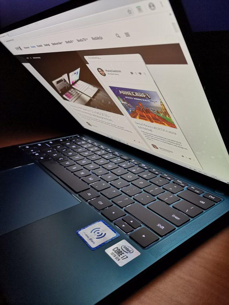 MateBook X Pro 2020 praca w ciemności
