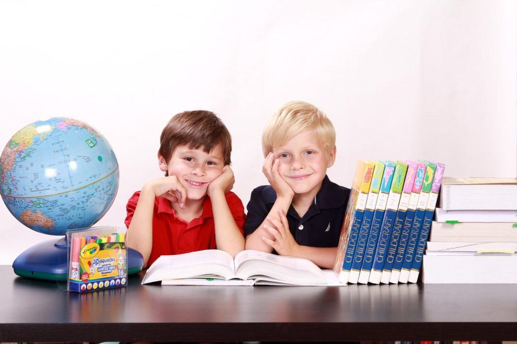dzieci edukacja wyprawka