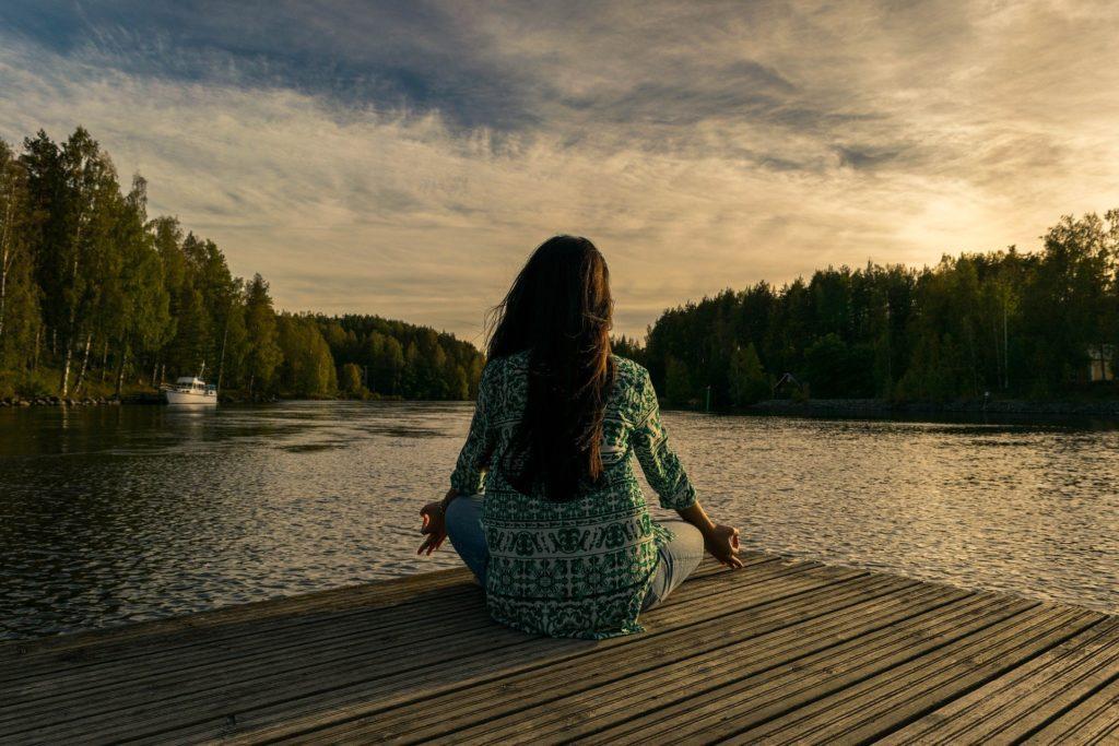 przerwa w pracy medytacja