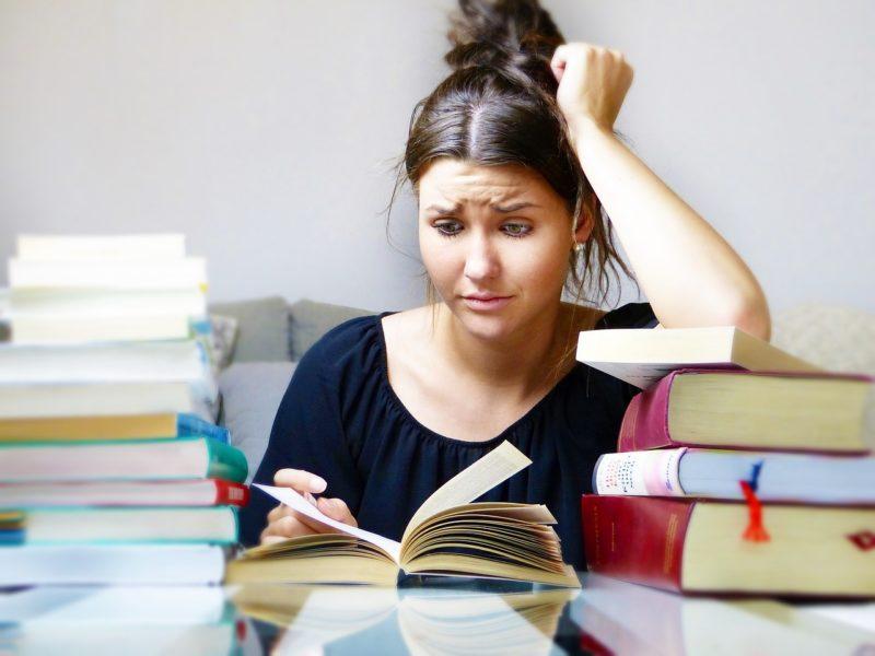 Stres przed egzaminem. Jak go opanować?
