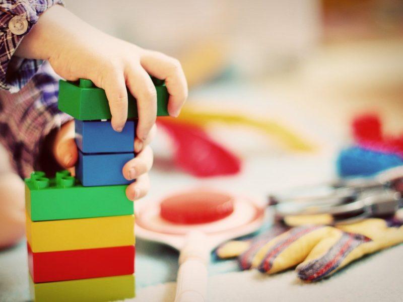 Nauka poprzez zabawę, czyli jak połączyć przyjemne z pożytecznym