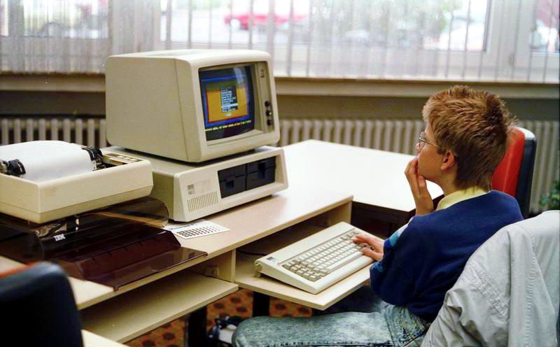 pierwszy komputer klasy PC IBM 5150