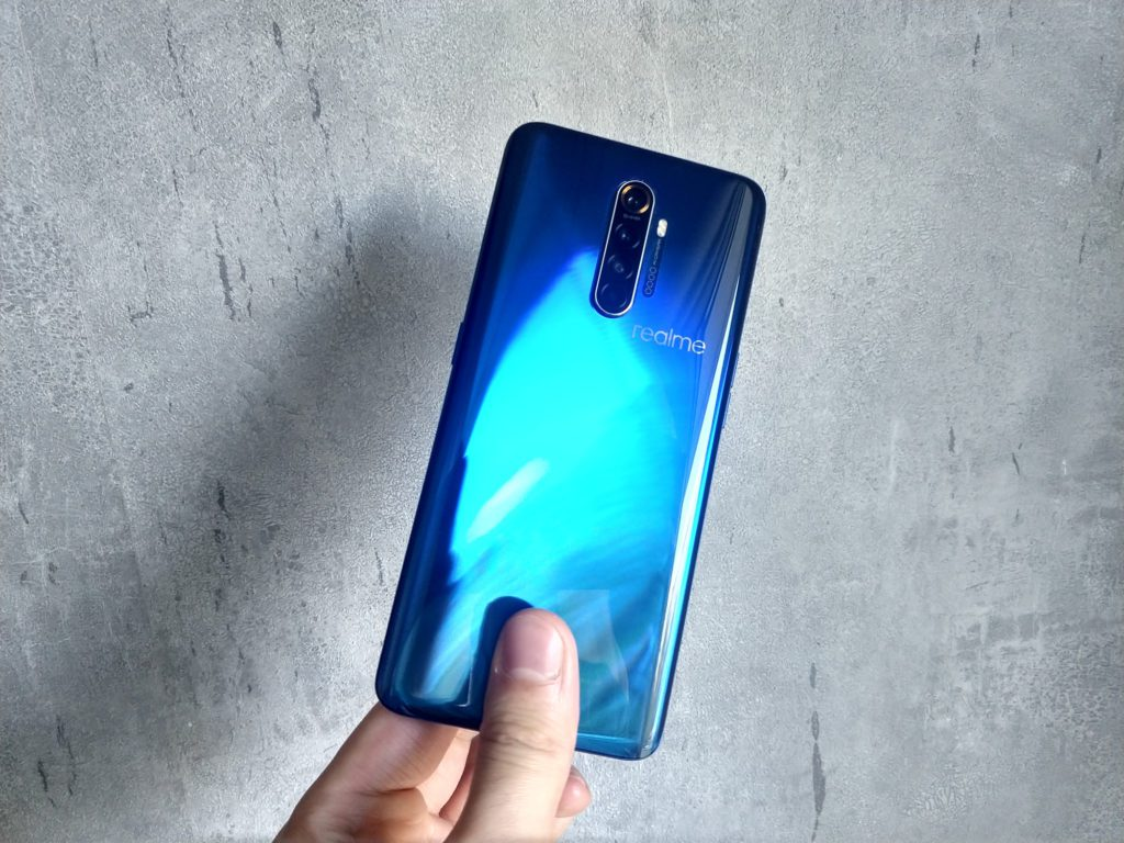 Realme X2 Pro tył obudowy telefonu