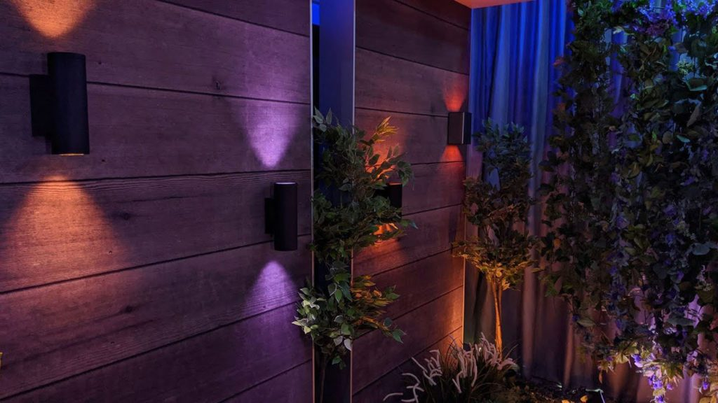 Philips Hue Kinkiet appear