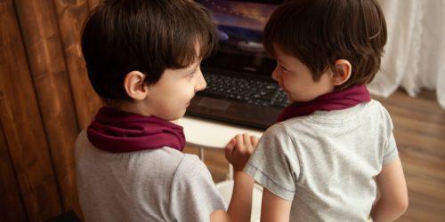 Wybieramy najlepsze gry dla dzieci. Sprawdź propozycje tytułów ułożone według kategorii wiekowej i nie tylko