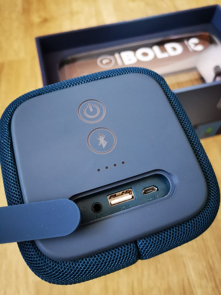 Rockbox Bold L złącza jack USB