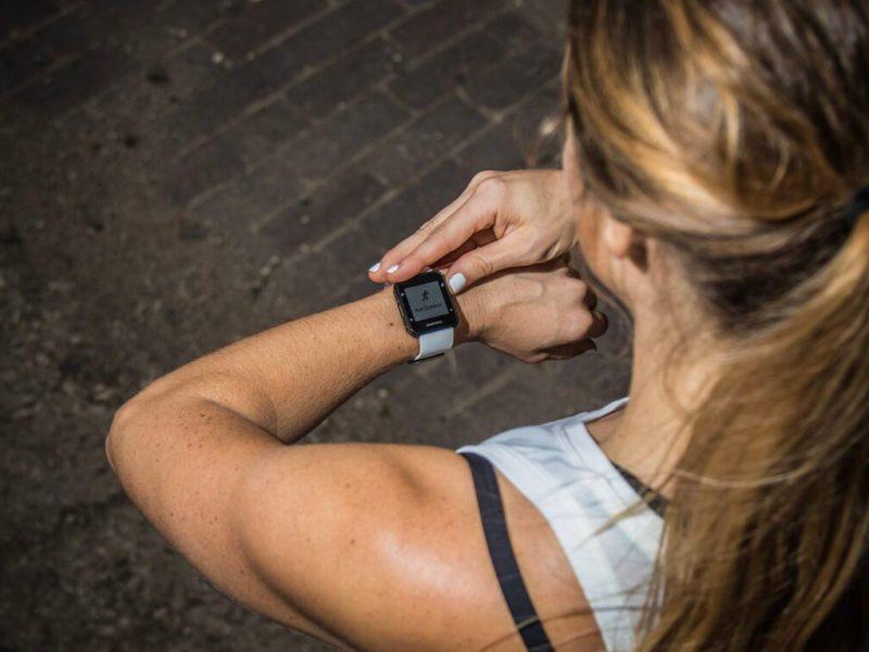 Inteligentne zegarki zyskują kolejnych zwolenników. Które smartwatche są najchętniej kupowane na świecie?
