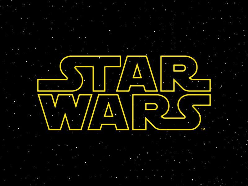 """""""Gwiezdne wojny"""" – jak oglądać, Panie Imperatorze? Kolejność oglądania filmów z kultowej sagi"""