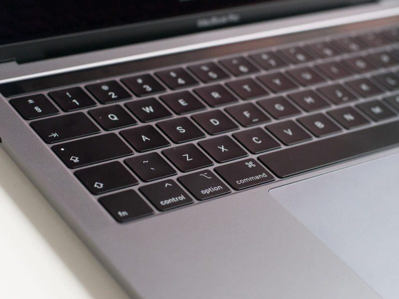 Będzie MacBook Pro 16 z Radeonem RX 6700? Wiele na to wskazuje