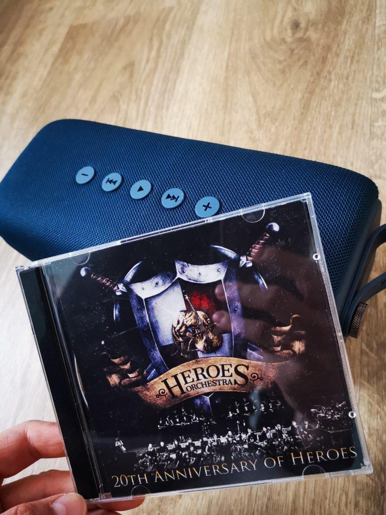 Rockbox Bold L odtwarza muzykę