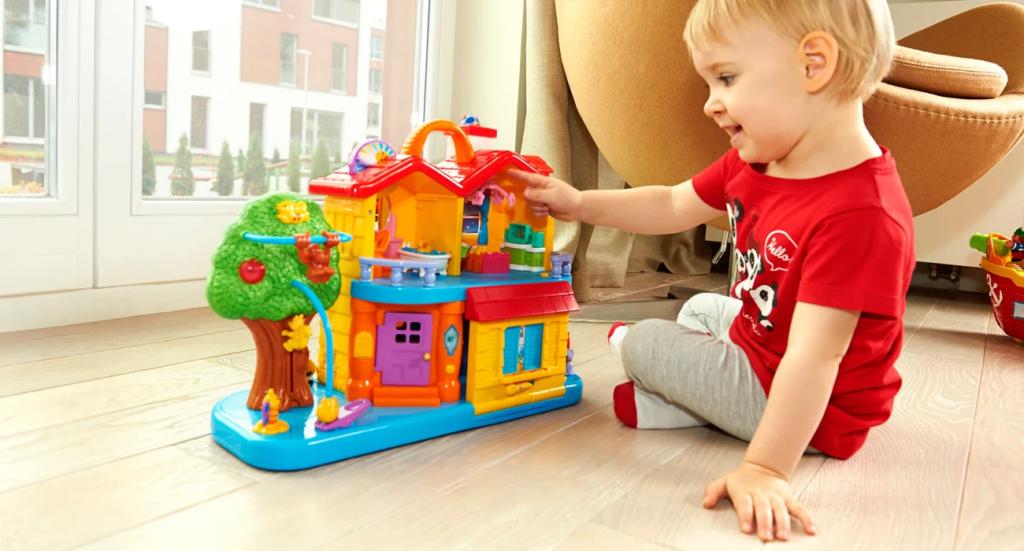zabawka interaktywna odkrywczy domek