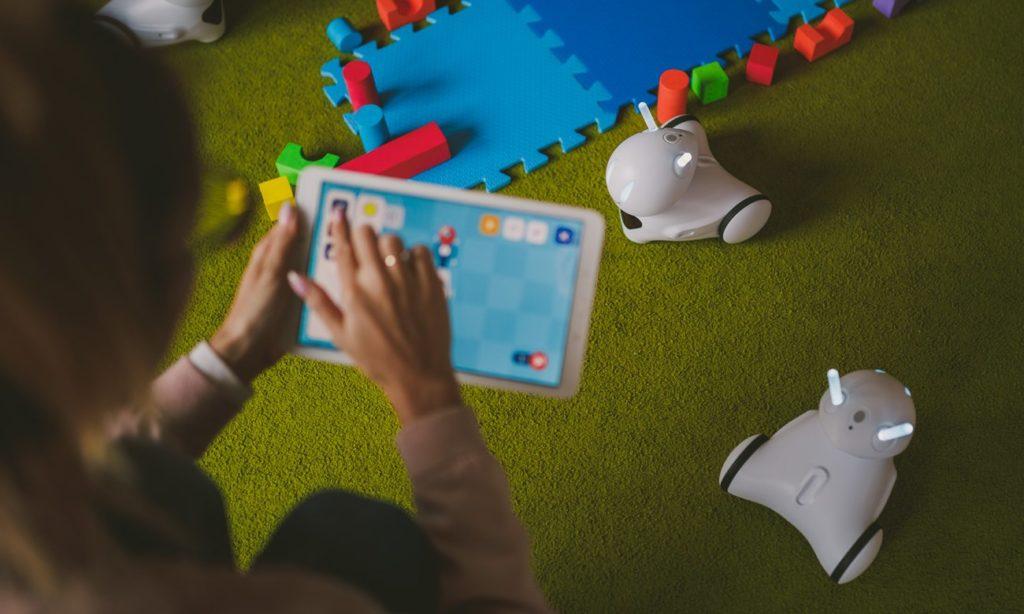 zabawki interaktywne robot