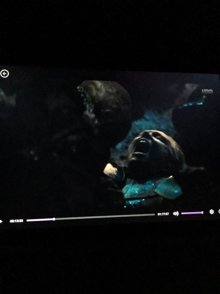 Huawei MateBook 13 jakość ciemnego obrazu w nocy