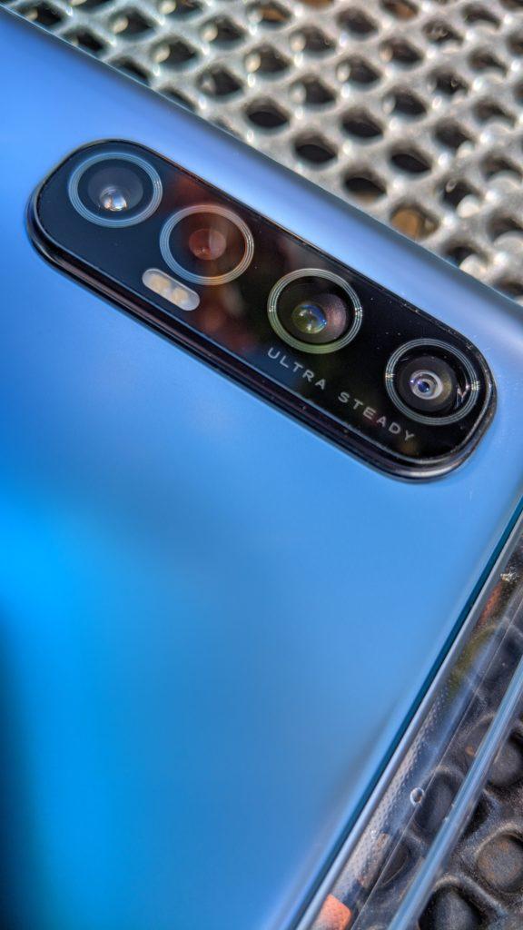 wygląd aparatu głównego oppo reno3 pro