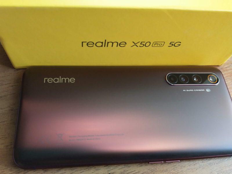 Zardzewiały i superszybki. Recenzja Realme X50 PRO