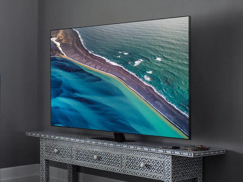 Test telewizora QLED QE55Q80TA – czyżby Samsung miał już bicz na OLED-y?