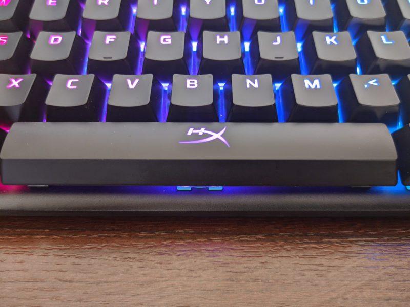 Recenzja klawiatury HyperX Alloy Origins Aqua – zmodernizowany konserwatyzm