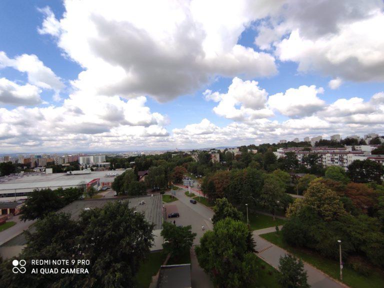 zdjęcie ultraszerokokątne Redmi Note 9 Pro