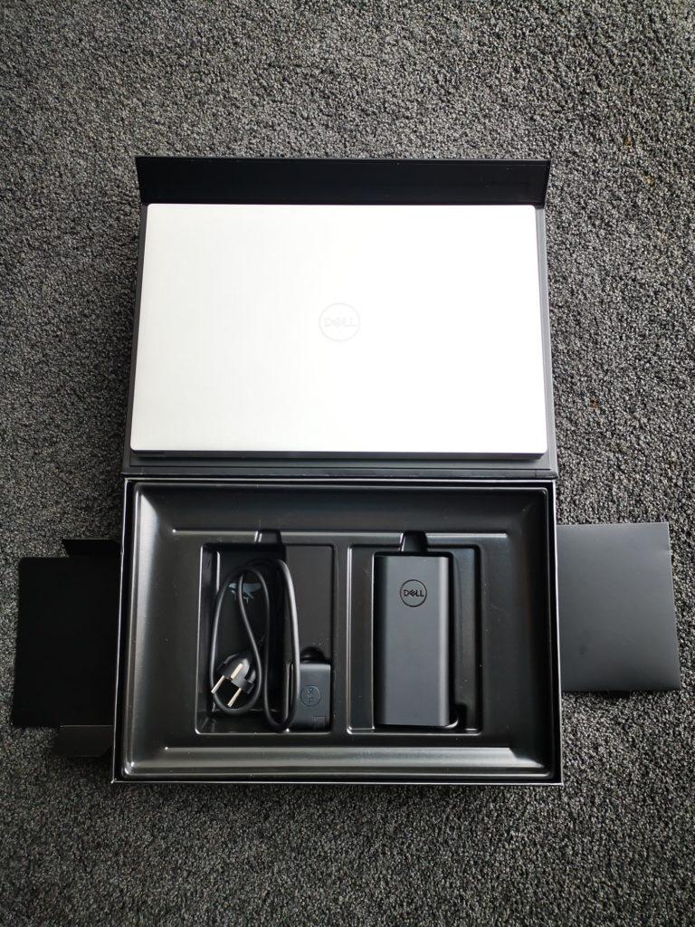 Dell XPS 15 9500 zawartość pudełka akcesoria