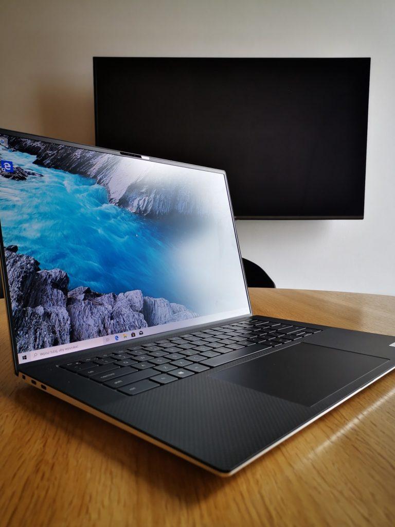 Dell XPS 15 9500 wyświetlacz 1200px