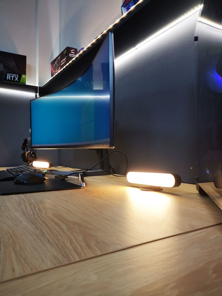 Lampy Philips Hue White and Color Ambiance Play