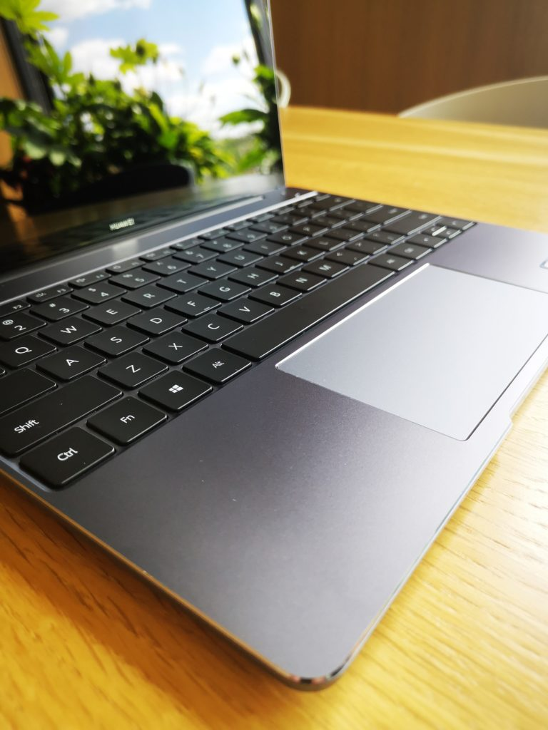 MateBook 13 2020 Ryzen touchpad