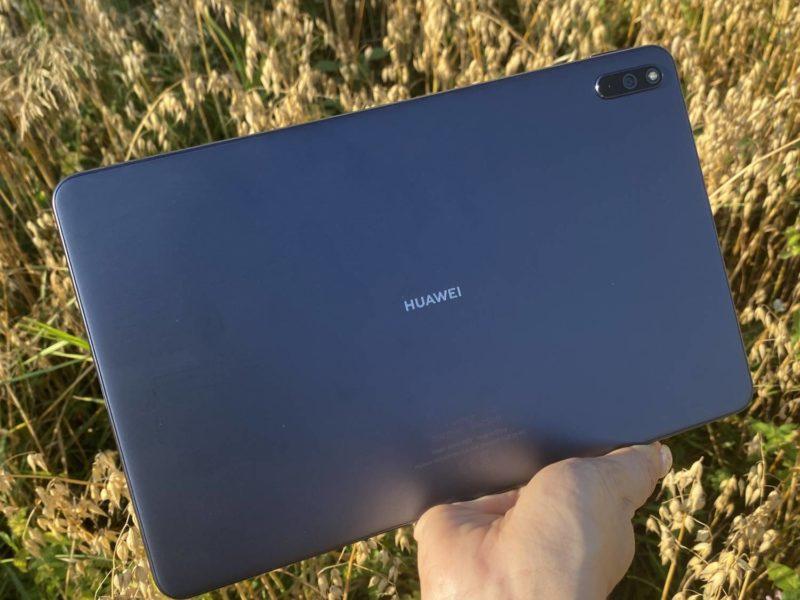 Recenzja tabletu Huawei MatePad 10 – prymusa w klasie średniej