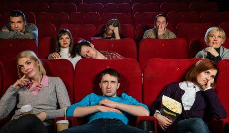 nudny film w kinie
