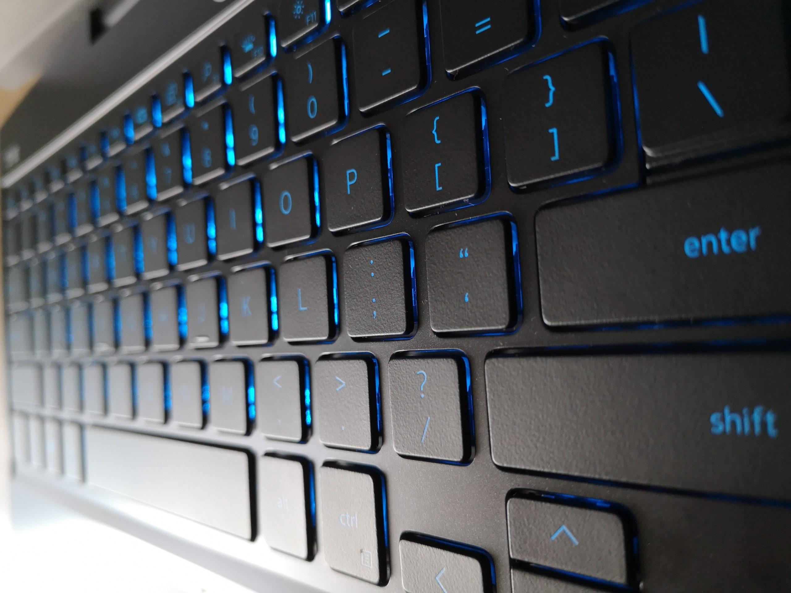 Dell G5 5500 klawiatura prawo