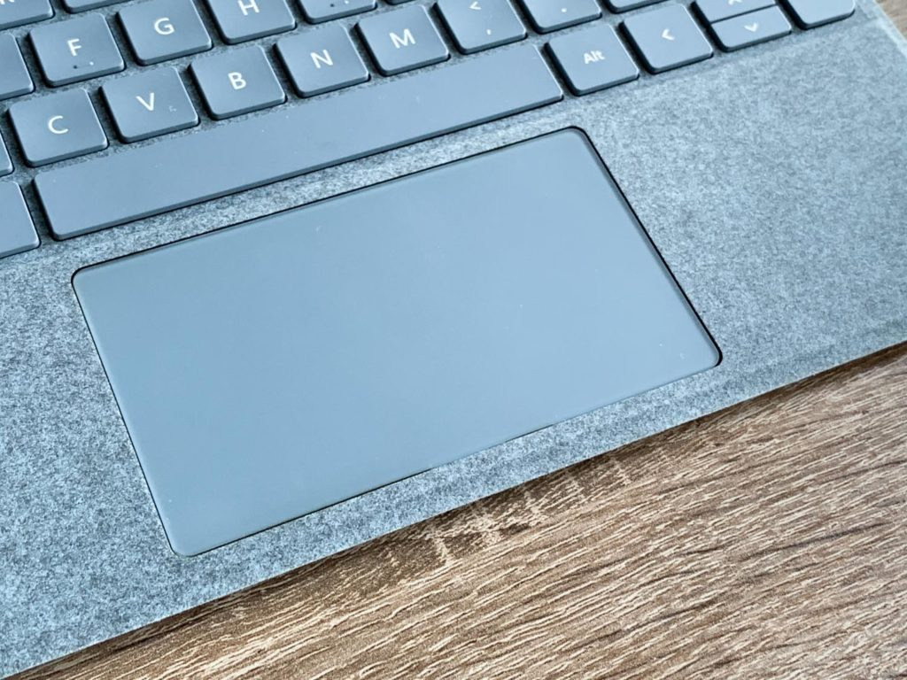 touchpad surface go 2