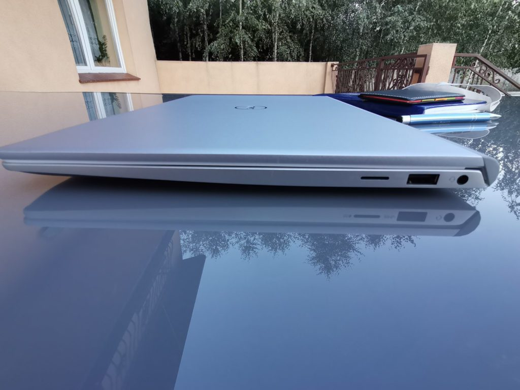 Dell 5401 prawe zlacze