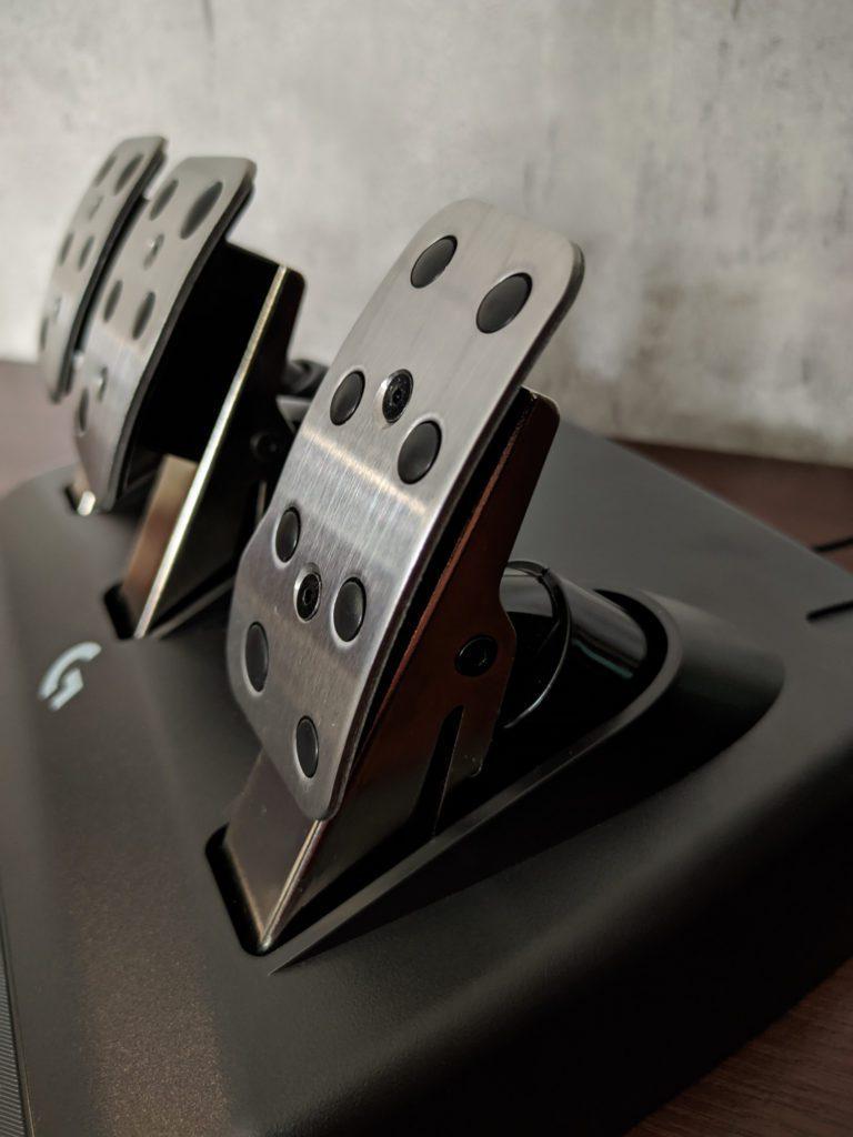 Logitech G923 stalowe pedały wraz ze wzmocnieniem