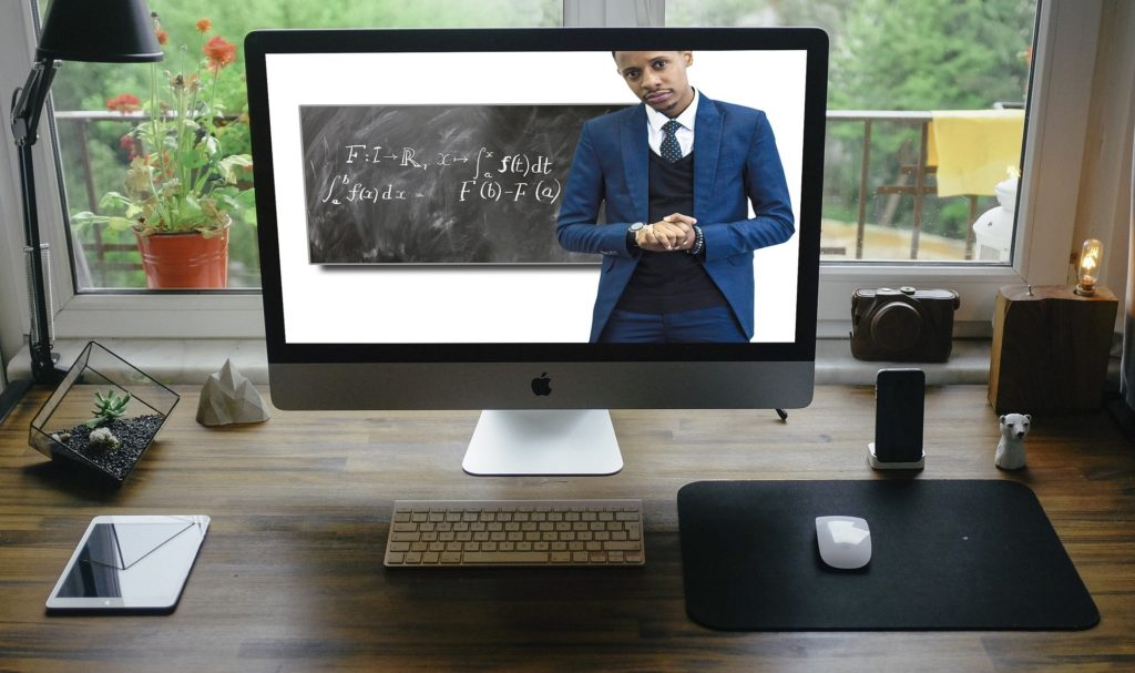 nauczanie zdalne kamera internetowa