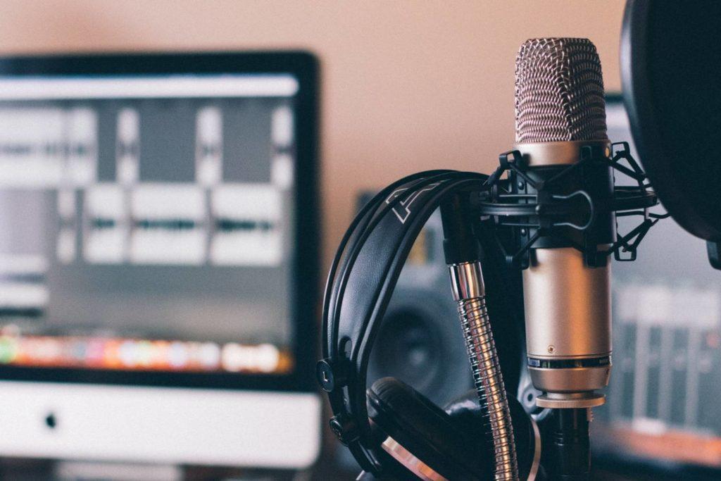 podcasty - mikrofon