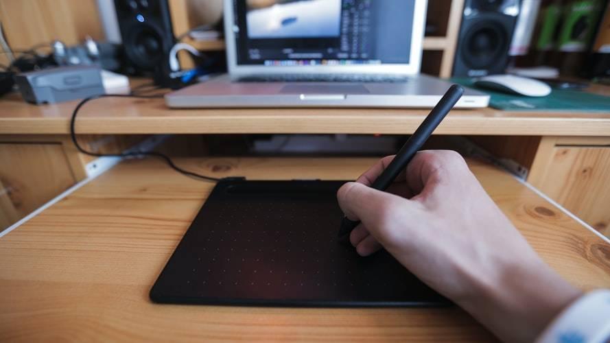 Tablety graficzne Wacom polecają się na studia