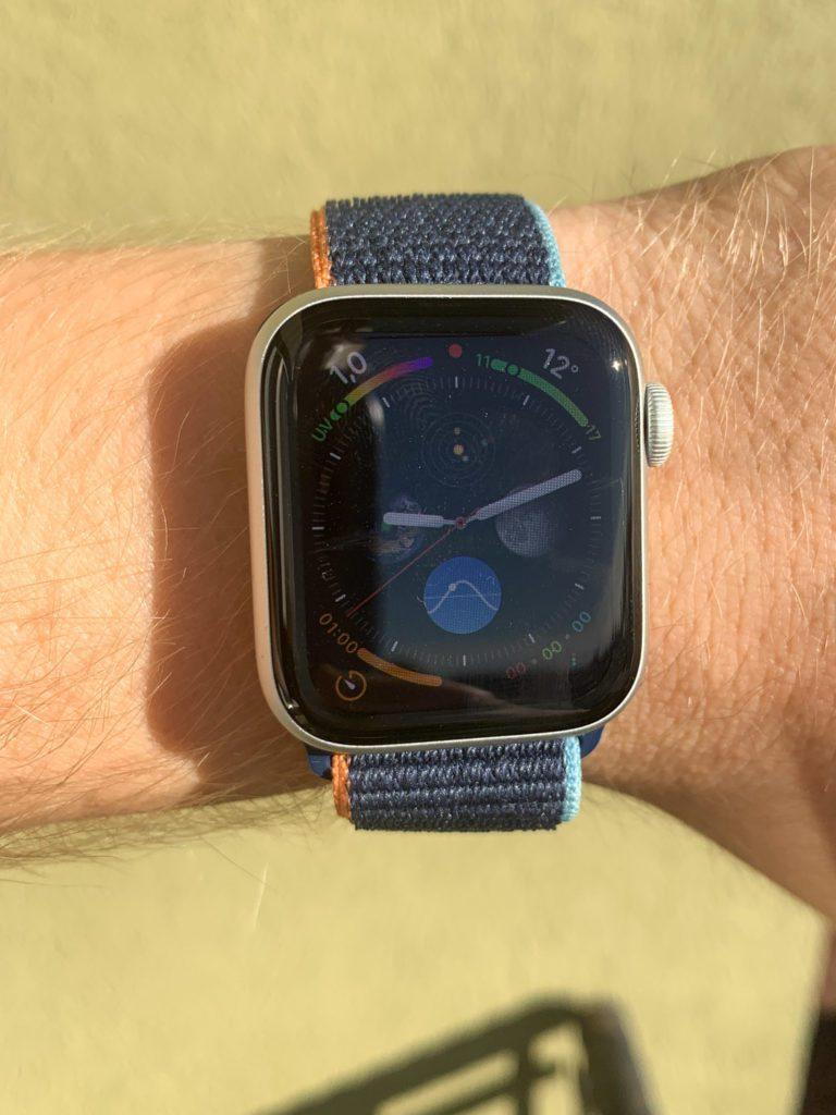 ekran w sloncu apple watch