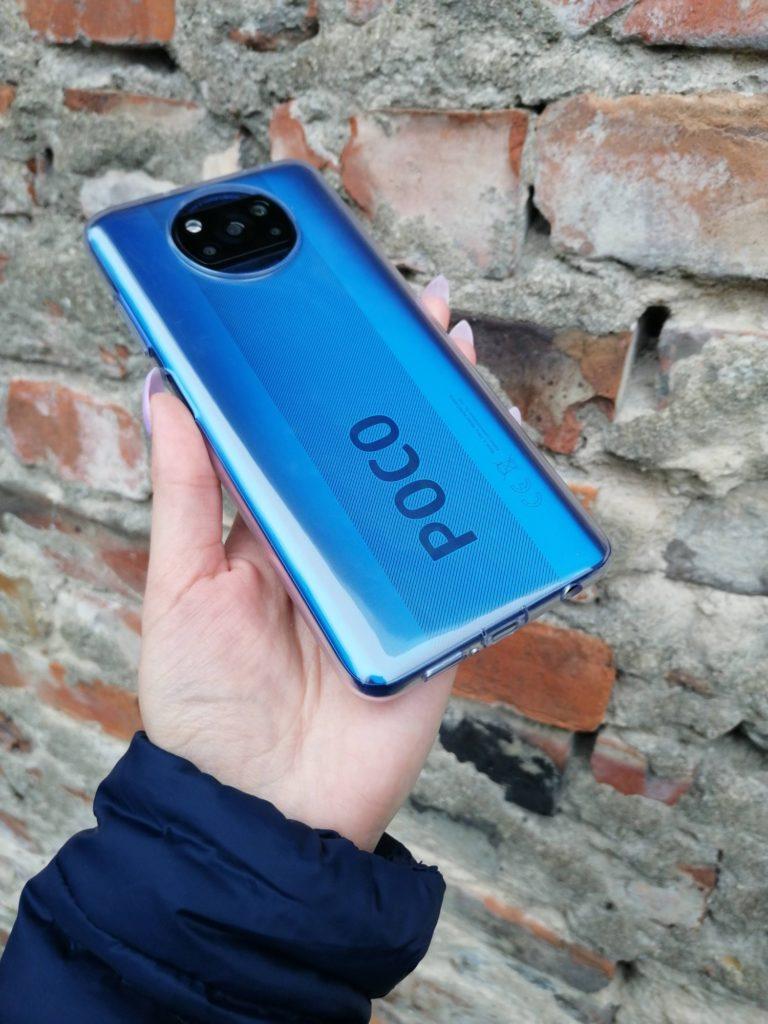 Tak POCO X3 NFC prezentuje się w etui
