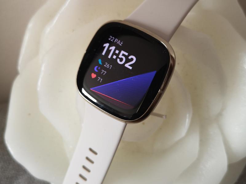 Test i recenzja Fitbit Sense. Smartwatch jakiego jeszcze nie było?