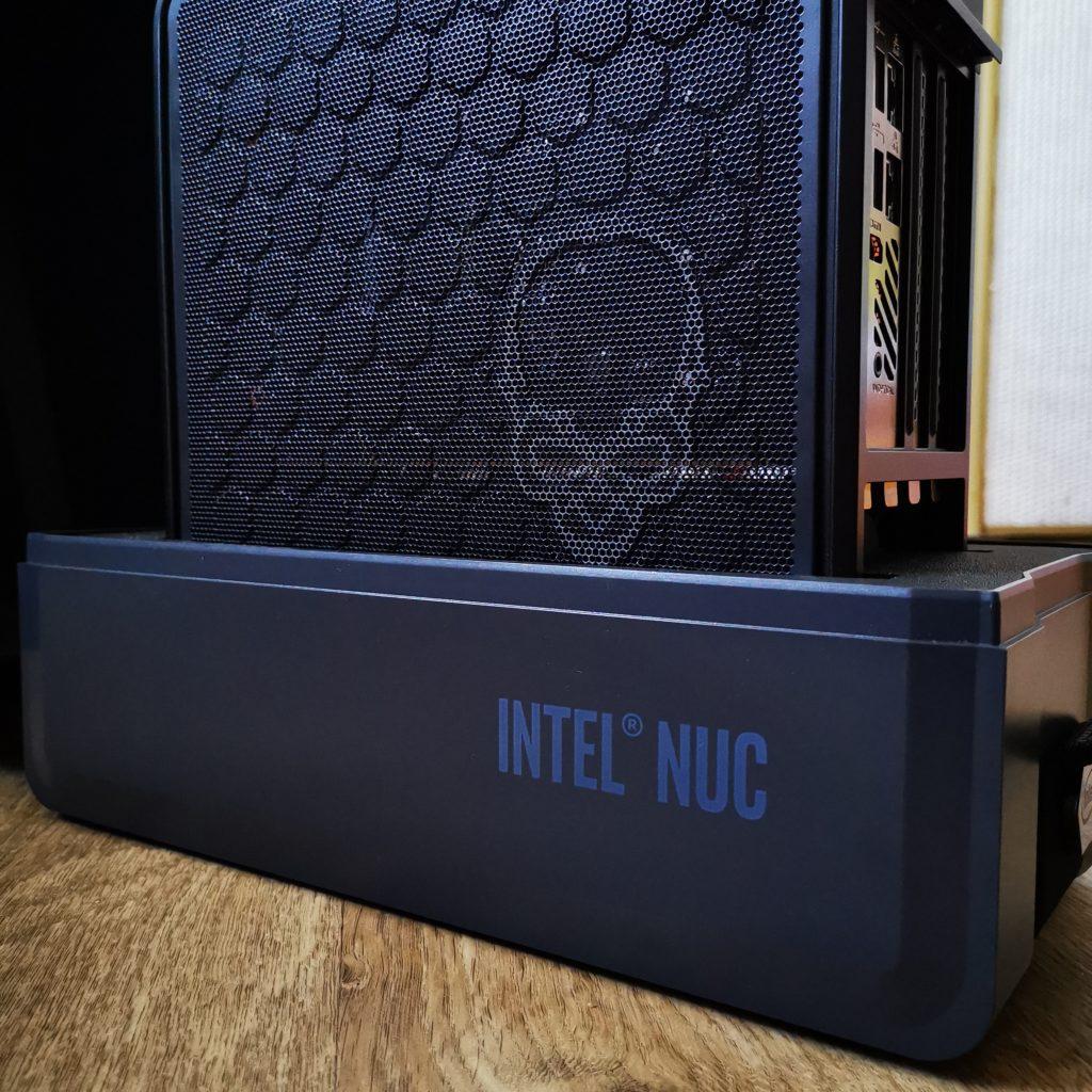 Intel NUC 9 Extreme zabezpieczenie