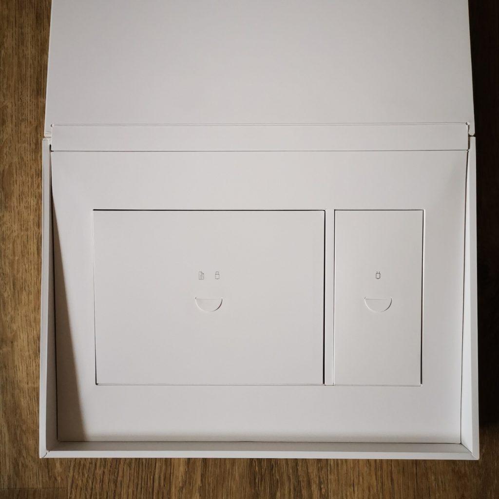 MateBook X 2020 pudełko z akcesoriami