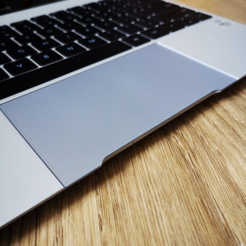 MateBook X 2020 gładzik