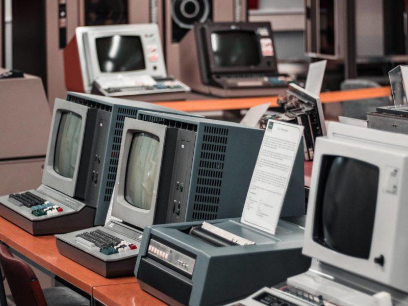 Pierwsza gra komputerowa na świecie. Jak myślisz, która dzierży ten tytuł?